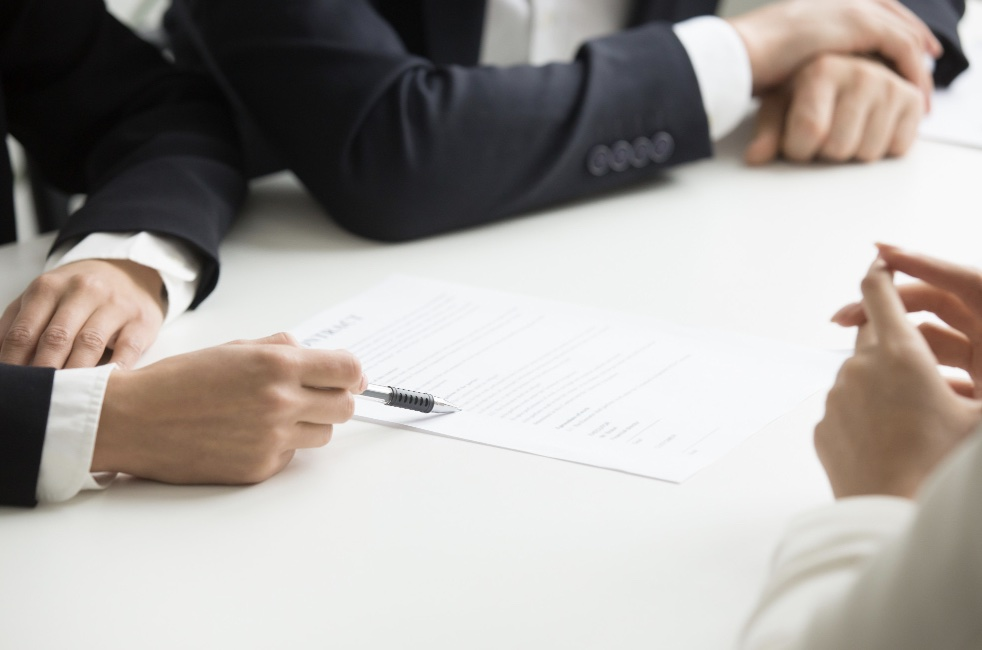 What does a Business Attorney Do ?